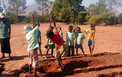 Madagascar – Reforestation and Care of Creation gives Future to a Nation