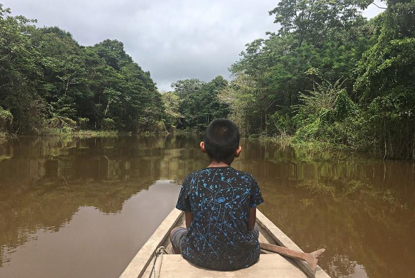 """Monseñor Alfredo Vizcarra: """"Tenemos que replantearnos nuestro modo de presencia en la Amazonía"""""""