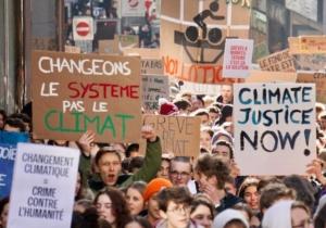 """""""Agissons pour le climat… et soyons cohérents !"""" : chronique de Charles Delhez sj dans Dimanche – Jesuites Europe Occidentale Francophone"""