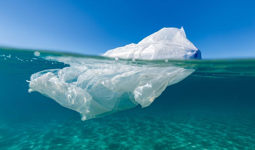 5 Concordia engineering students build an ocean-cleaning aquatic drone prototype – Concordia University, Montreal