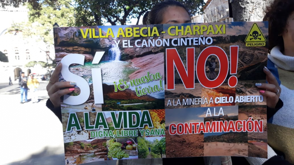 Cinteños residents announce road blockage for 48 hours due to Mining pollution – Fundacion Accion Cultural Loyola
