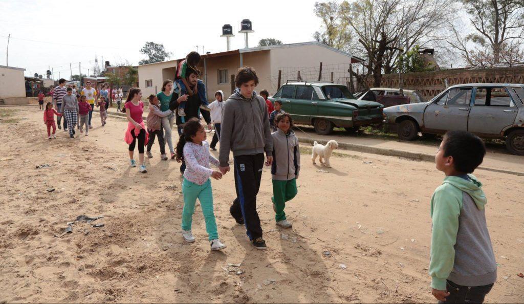 Por El Silencio: termotanques solares para mejorar las condiciones de vida de los vecinos – Jesuitas: Provincia Argentino-Uruguaya