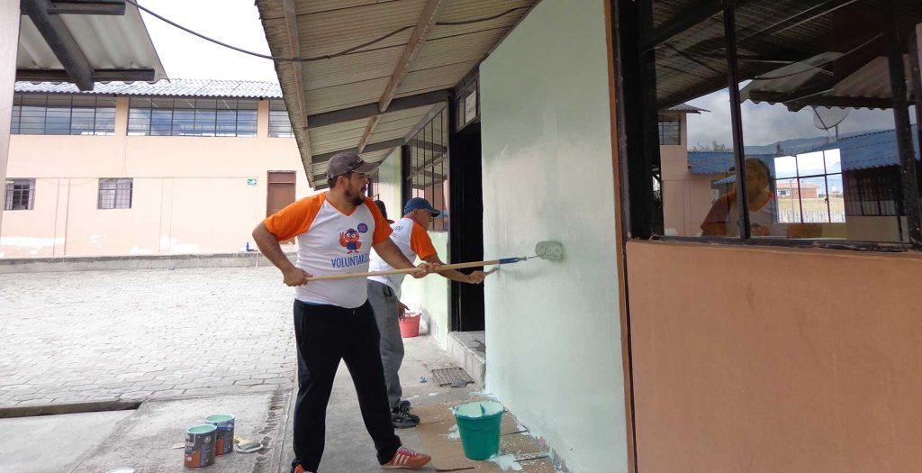 Nuevas intervenciones de voluntarios de Fundación CRISFE en conjunto con la comunidad educativa de Fe y Alegría – Fe y Alegria-Ecuador