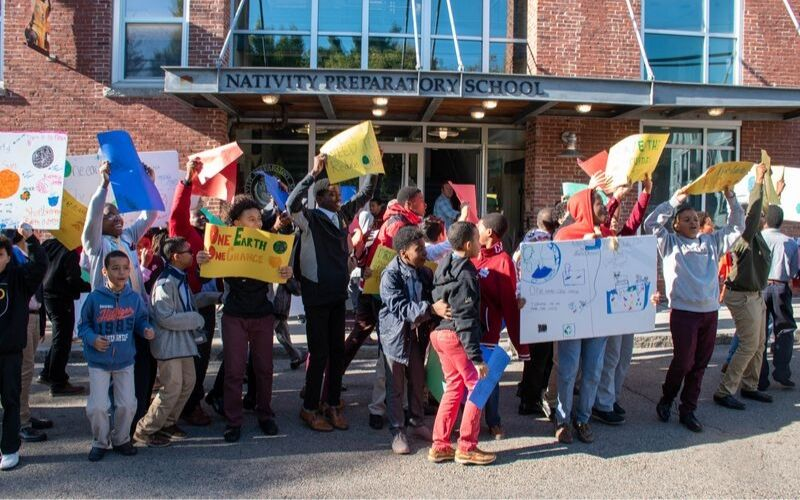 YOUTH STANDING UP TO CLIMATE CHANGE: REFLECTIONS FROM THE STRIKES – Ignatian Solidarity Network