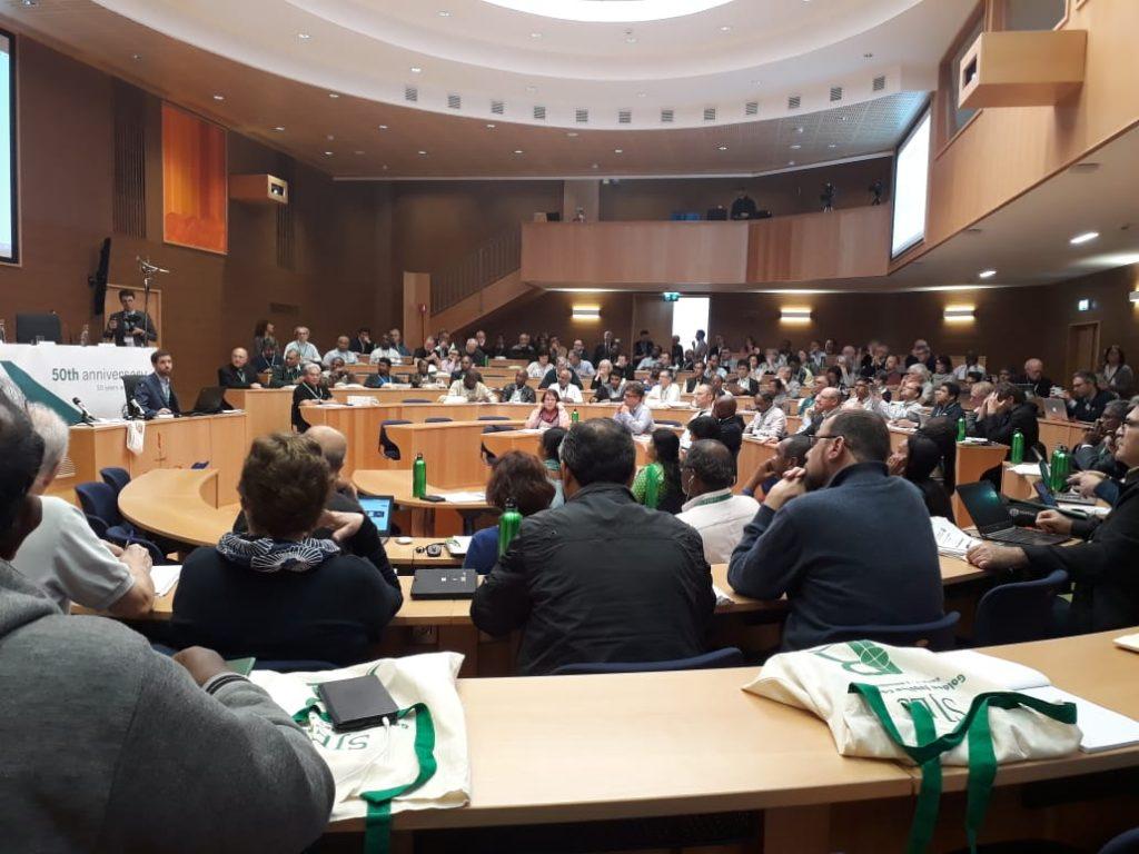 Los jesuitas celebran los 50 años de su Secretariado para la Justicia Social y la Ecología con un congreso mundial en Roma – CPAL