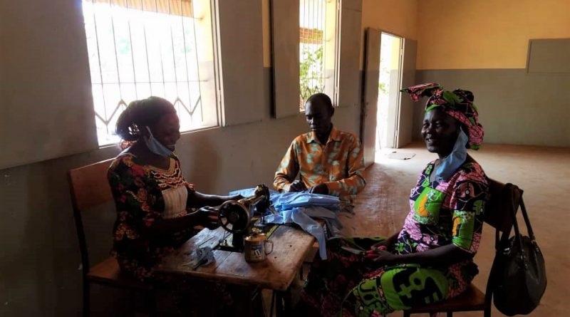 Tchad: Confection de masques pour lutter contre le Covid- 19 – JCAM